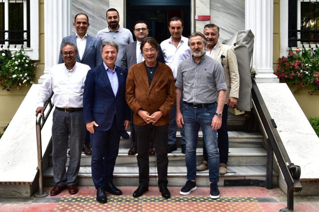Yeni sezonda Göztepe yine Bornova Stadı'nda