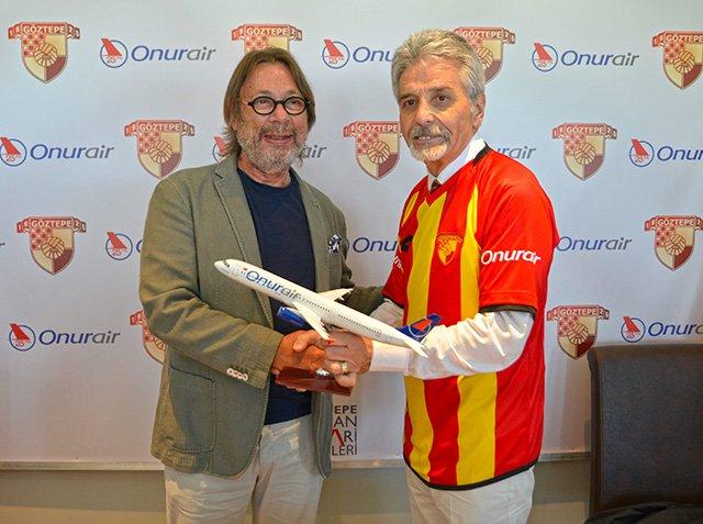 Onur Air Göztepe Futbol Kulubü'nün Sponsoru Oldu